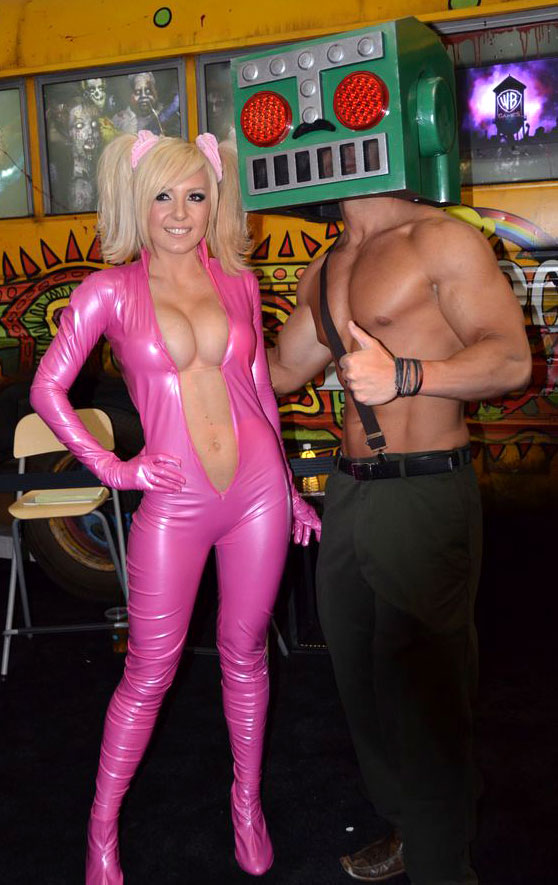 Jessica Nigri, Lollipop Chainsaw's official Juliette Starling