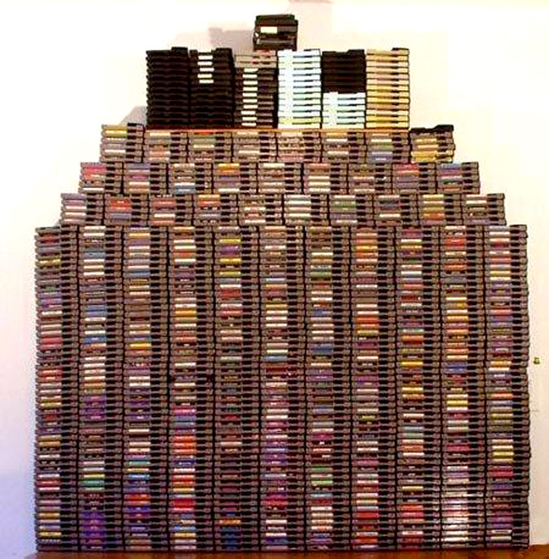 Huge pile of video games