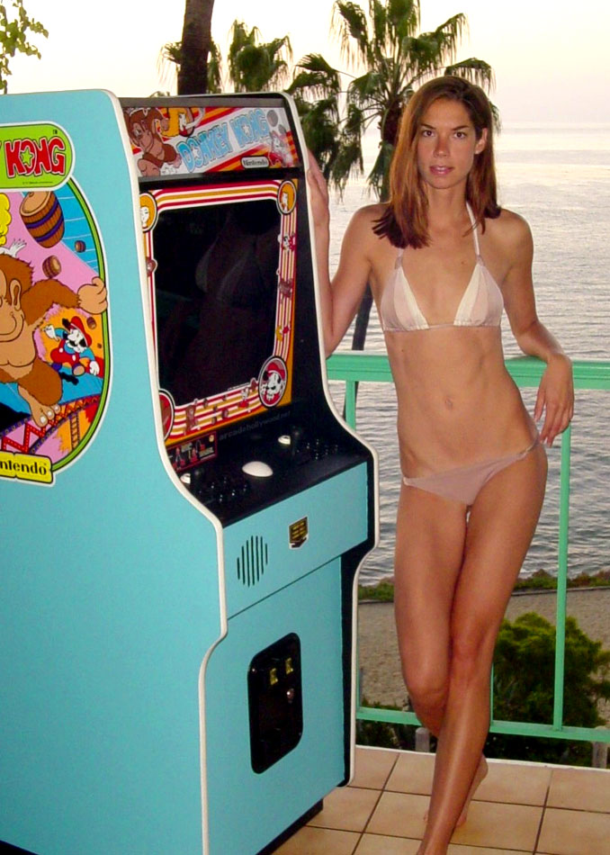 Ebay item: Modified Donkey Kong #arcade cabinet and bikini clad ...