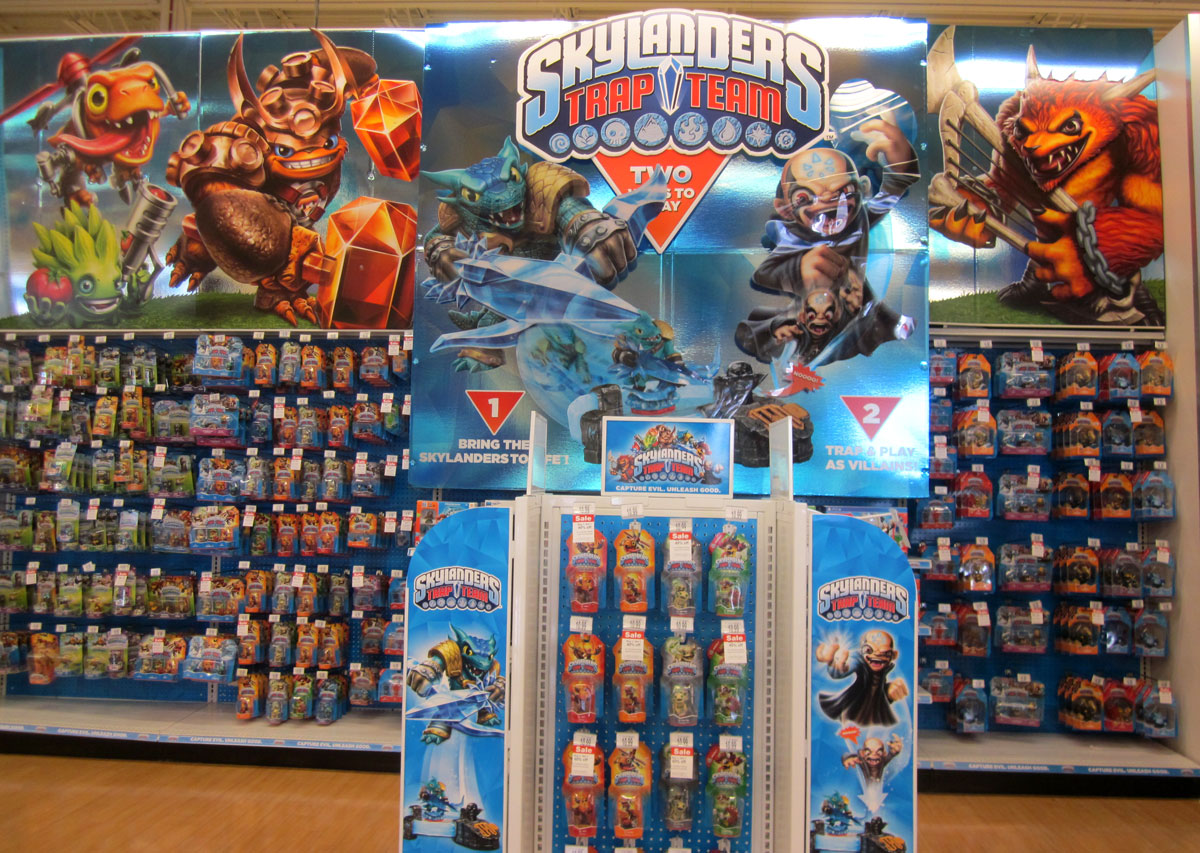 #Skylanders Trap Team went on sale today with more options ...