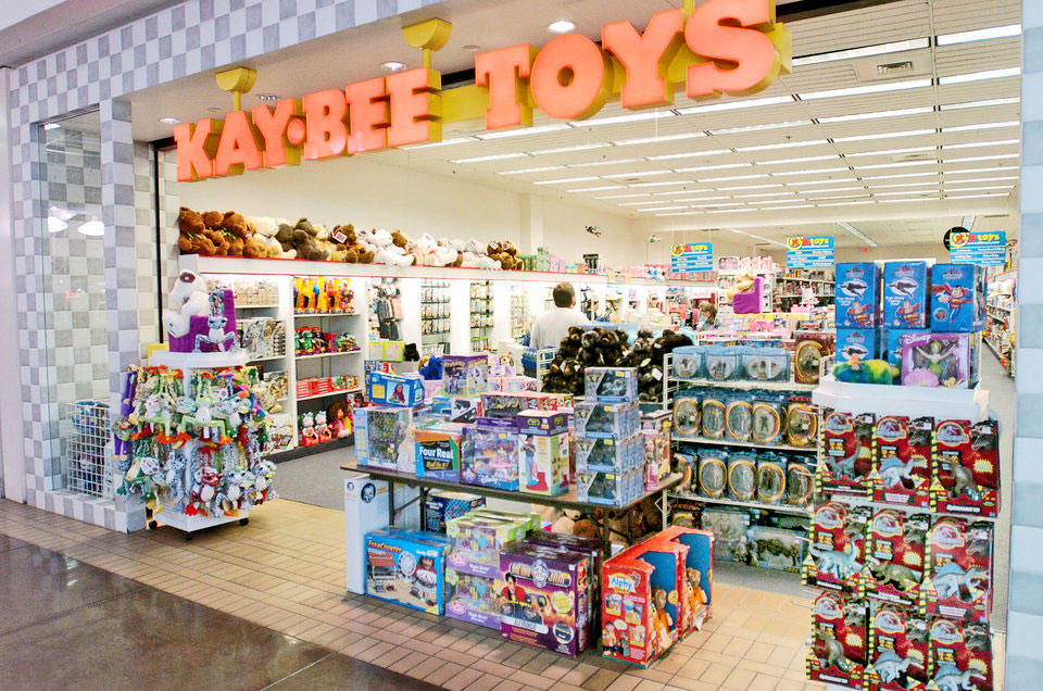 Toys From Kb Toys : As toysrus goes into liquidation an llc with rights to